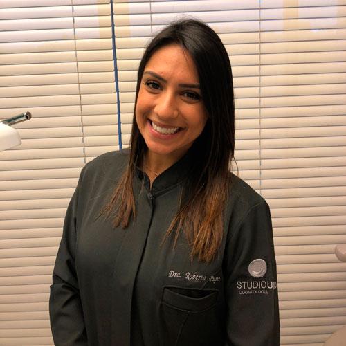 Dra. Roberta Tuma e Pupo - Dentista especialista em Ortodontia, Periodontia, Próteses e Estética Dentária - StudioUno Odontologia - Brasília/DF
